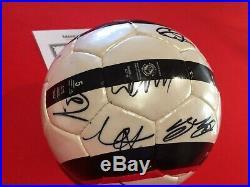 2005 2006 Manchester United Football Signed by 15 Ronaldo Giggs COA Man Utd Ball