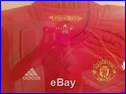 Genuine Framed Manchester United Shirt 2016/2017 Signed By The First Team
