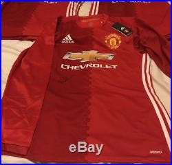 Hand Signed Sir Bobby Charlton Player Issued Manchester United Shirt Best Law