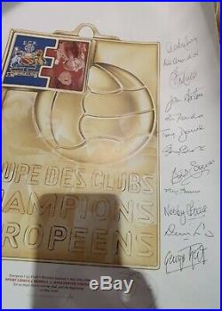 Manchester United 12 autographs Signed European Cup 1968 COA Best Law Charlton