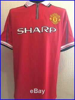 Manchester United Number 18 Retro Treble Shirt Signed Paul Scholes Guarantee