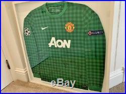 Manchester United Signed Goalkeeper Shirt (12/13)