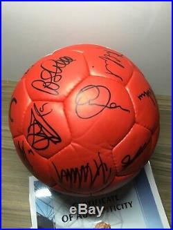 Manchester United Squad Signed Ball X20 Man Utd Autograph Coa Ronaldo Tevez Etc