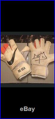 Match Worn Manchester United 2014 De Gea Gloves Signed