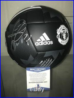 PAUL POGBA SIGNED MANCHESTER UNITED BALL 2018 WORLD CUP FRANCE SIGNED BAS a