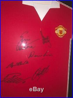 Signed Framed Manchester United Shirt Scholes, Giggs, Cantona, Law, Ronaldo