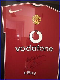 Signed Roy Keane Manchester United Home Shirt Framed Retro Shirt