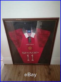 Signed manchester united shirt George Best and Ryan Giggs