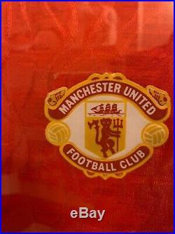 Wow! Rare Manchester United Signed Shirt Ryan Giggs! COA. Framed 90-92 PFA Award